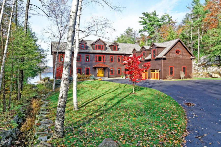 Lakefront Home in Lake George
